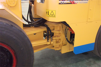 WJD-1电动铲运机