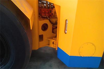 WJ-1.5内燃铲运机